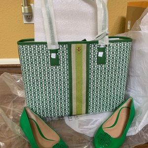 Tory Burch tote bag & shoes7 med